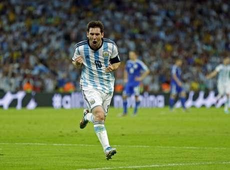 Após gol decisivo, tuiteiros não perdoam o argentino Messi: ?jogou nada?