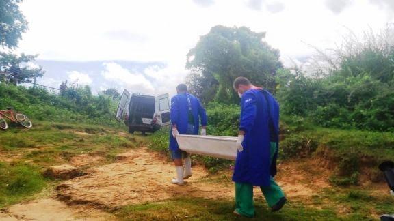 Criança morre afogada e corpo é resgatado por pescadores