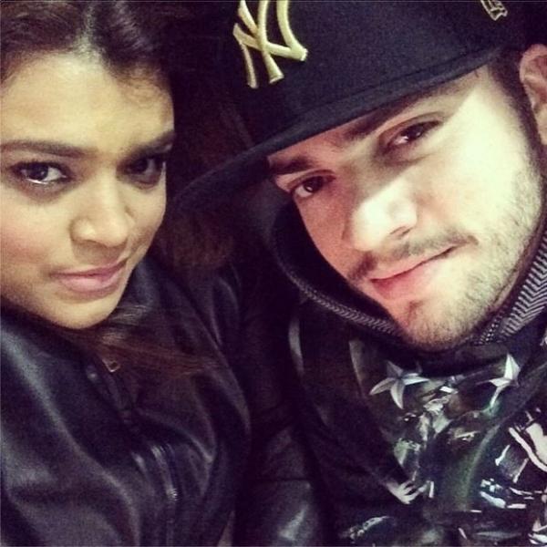 Em dia de folga, Preta Gil faz selfie com namorado: