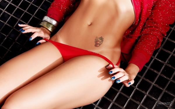 Babi Muniz e Dani Carmona mostram demais em ensaio sexy:
