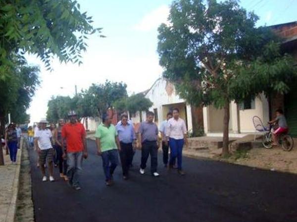 Prefeito recebe deputado Gustavo Neiva e secretário Avelino Neiva no município - Imagem 3