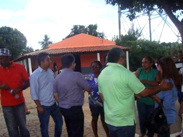 Prefeito recebe deputado Gustavo Neiva e secretário Avelino Neiva no município - Imagem 9
