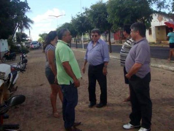 Prefeito recebe deputado Gustavo Neiva e secretário Avelino Neiva no município - Imagem 10