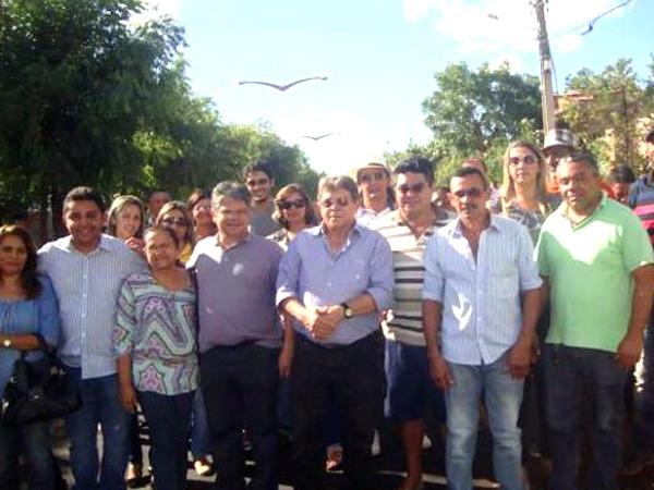 Prefeito recebe deputado Gustavo Neiva e secretário Avelino Neiva no município - Imagem 8