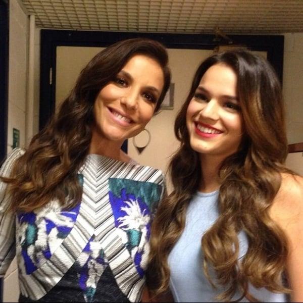 Bruna Marquezine posa com Ivete e ganha elogio: ?Princesinha linda?