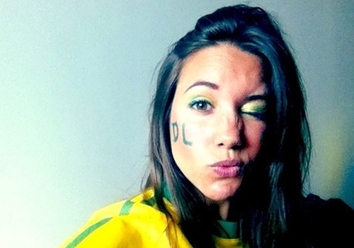 David Luiz parabeniza irmã e suposta namorada por aniversário