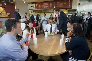 Obama escapa da Casa Branca para comer burritos mexicanos