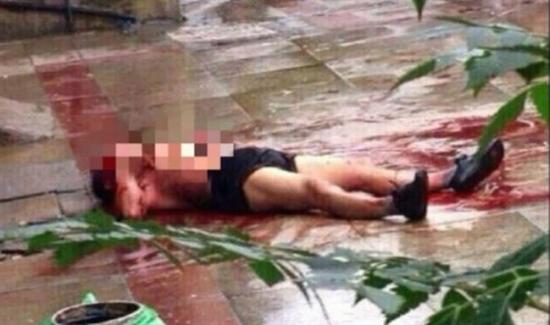 Homem morre depois de ter seu coração retirado, ainda batendo, de seu corpo pelo assassino