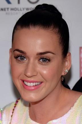 Katy Perry pode ter voltado com ex-namorado, diz jornal