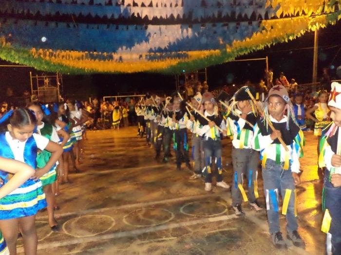 Prefeito realiza festival de  quadrilha municipal - Imagem 9