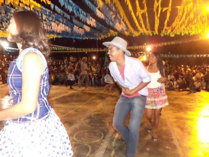 Prefeito realiza festival de  quadrilha municipal - Imagem 2