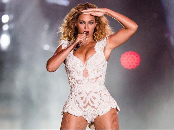 Beyoncé é eleita a celebridade mais poderosa do mundo pela