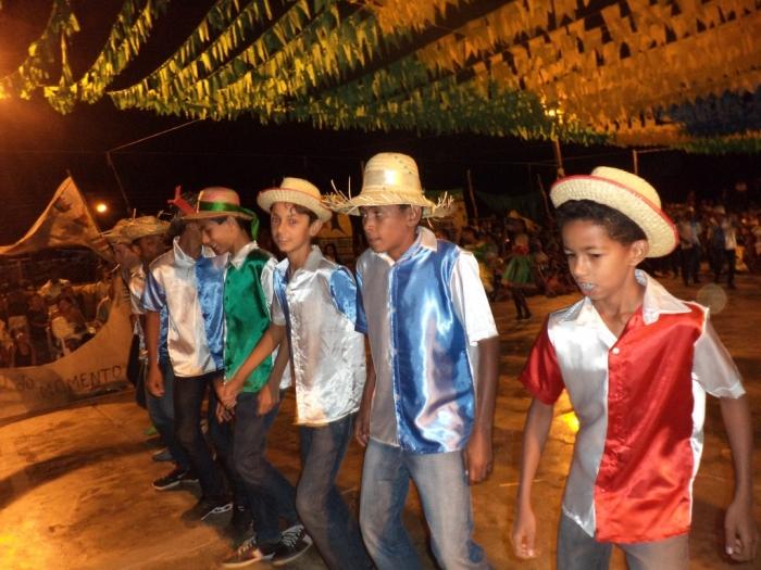 Prefeito realiza festival de  quadrilha municipal - Imagem 6