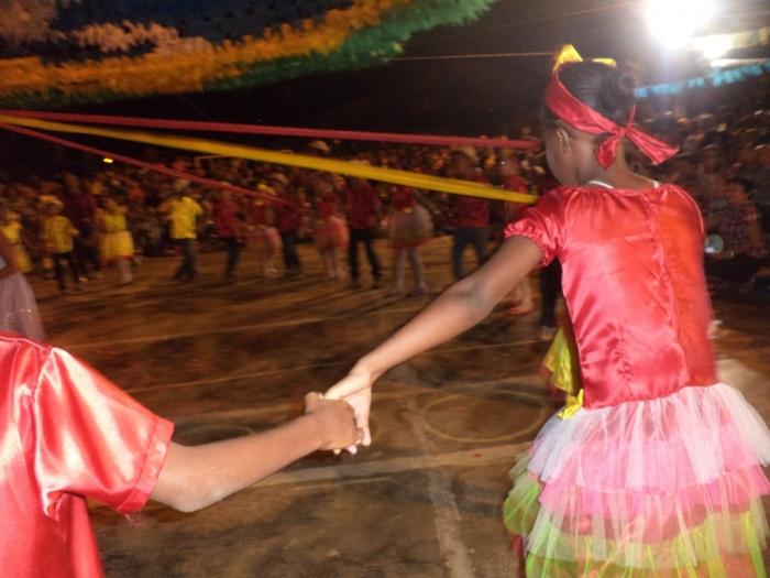 Prefeito realiza festival de  quadrilha municipal - Imagem 16
