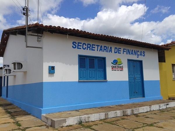 CAXINGÓ: Secretaria de Finanças do município passa por reforma - Imagem 1