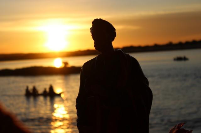 Procissão de São Pedro reuniu milhares de  fies  nas margens do rio Parnaiba