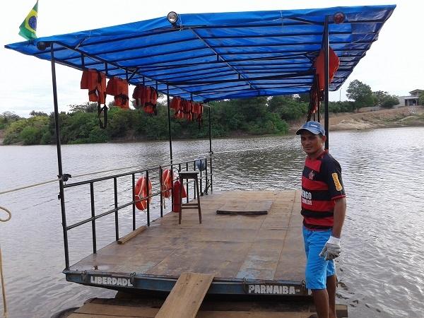 Prefeitura de Caxingó atende solicitação da Marinha e regulariza embarcação  - Imagem 1