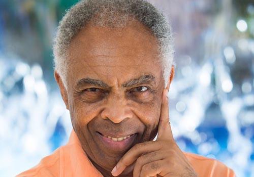 """Cantor Gilberto Gil afirma: """"A maconha ajudou a minha música"""""""