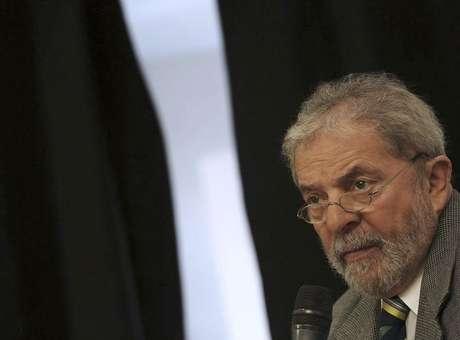 Ex-presidente Lula faz exames de rotina em São Paulo