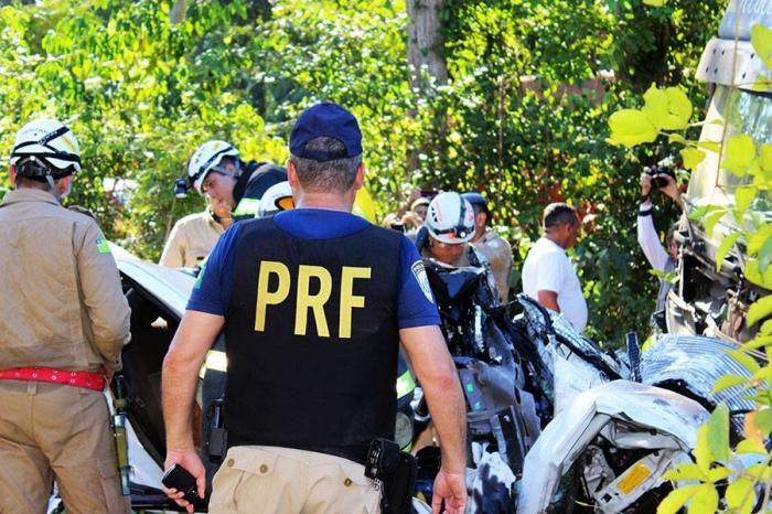 Identificadas corpos das vítimas de grave acidente na BR-343, em Altos