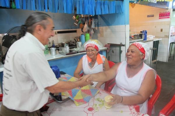 Sambaiba faz campanha em mercados e diz que estruturas precisam ter modernização - Imagem 2