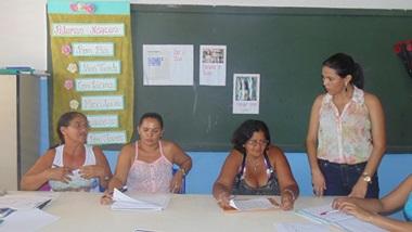 Professores de Cocal de Telha preparam reinicio das aulas.