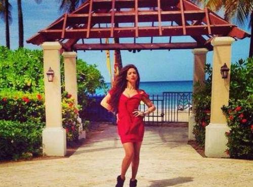 Estrela latina foi estuprada por empresário, diz site