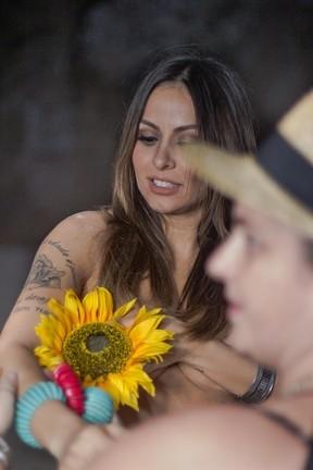 Alinne Rosa, ex-cantora de