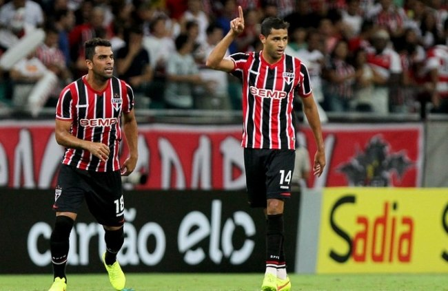 Após gol, Kardec espera dupla com Fabuloso e fala em cumplicidade