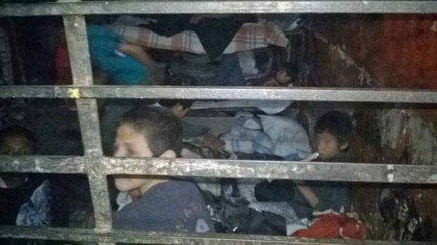 Resgatados em abrigo com 600 jovens no  M騙ico relatam abusos sexuais, fome e castigos