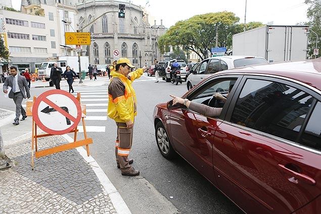 Agentes de trânsito poderão andar armados e parar motoristas