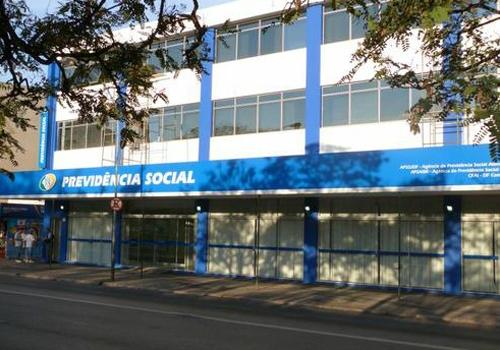 INSS solicita concurso público com 1.800 vagas