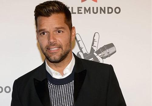 Ricky Martin vai abrir centro de ajuda para crianças exploradas sexualmente