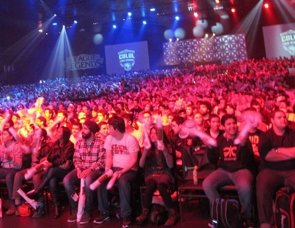 Campeonato de ?League of Legends? reúne 3 mil pessoas em SP