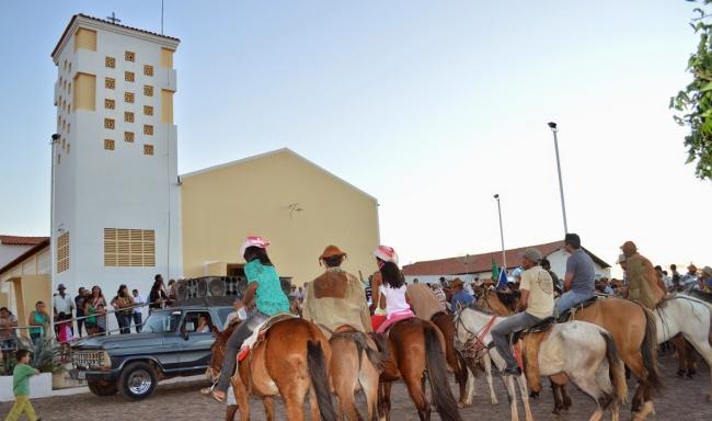 Prefeitura realiza 32ª Festa dos Vaqueiros e distribui prêmios aos participantes - Imagem 7