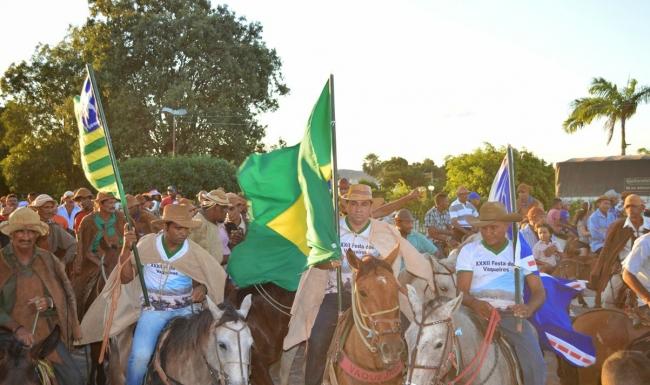 Prefeitura realiza 32ª Festa dos Vaqueiros e distribui prêmios aos participantes - Imagem 13