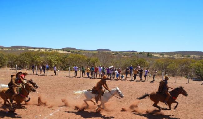 Prefeitura realiza 32ª Festa dos Vaqueiros e distribui prêmios aos participantes - Imagem 49
