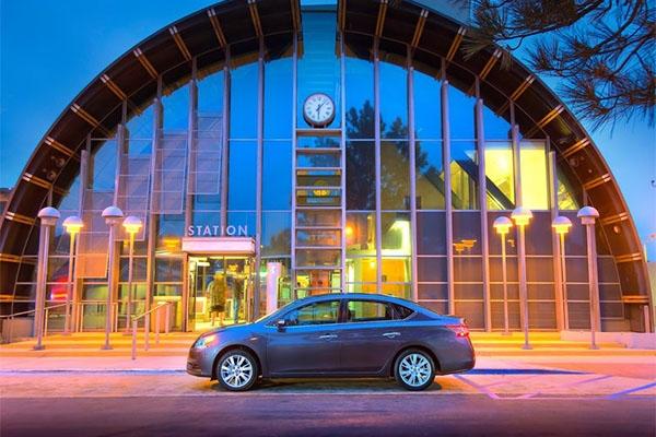 Nissan lança linha 2015 do sedã Sentra
