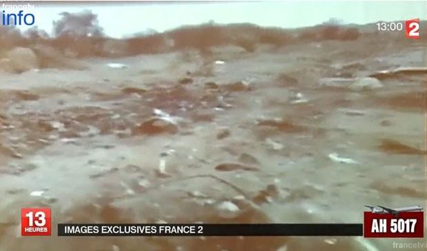 Primeiras imagens de avião que caiu e matou 118 pessoas no Mali são divulgadas por equipe de TV