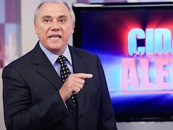 Com multa de R$ 25 milhs, Marcelo Rezende renova contrato
