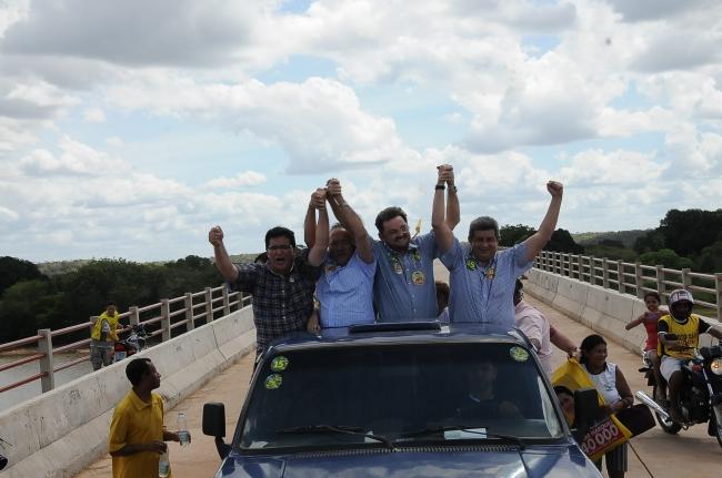 Zé Filho é recebido na região Luzilândia com festa e anuncia investimentos no setor produtivo