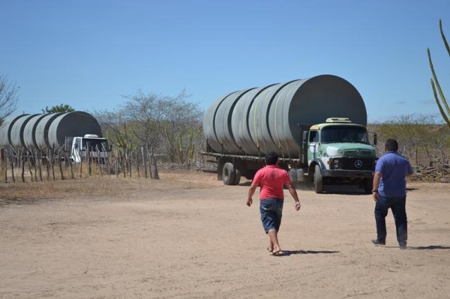 Belém do Piauí recebe cisternas do programa Água para Todos - Imagem 6