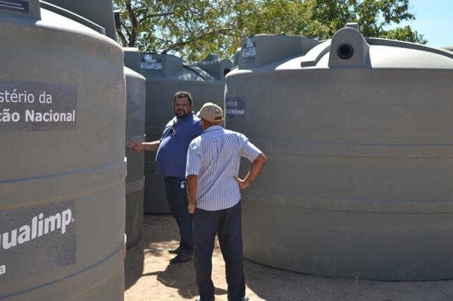 Belém do Piauí recebe cisternas do programa Água para Todos - Imagem 7