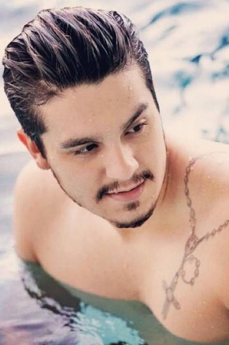 Luan Santana viaja de jatinho para Fernando de Noronha e se hospeda em pousada de luxo com novo affair