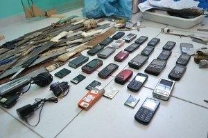 Celular em pres冝io de AL chega a custar R$ 10 mil para traficantes detidos