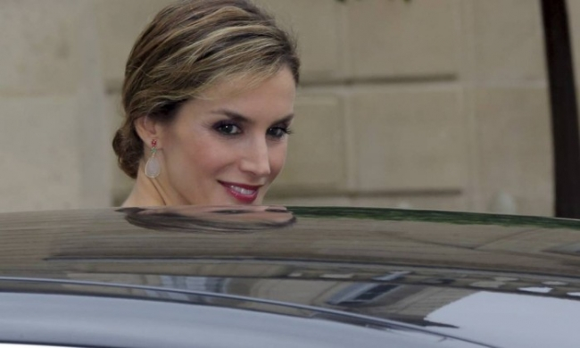 A rainha Letizia da Espanha está em campanha para melhorar sua popularidade