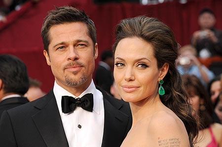 A revista, Angelina Jolie revela que ela e Brad Pitt escrevem cartas de amor