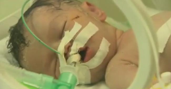 Bebê milagrosamente nasce com saúde em parto de emergência após morte de sua mãe