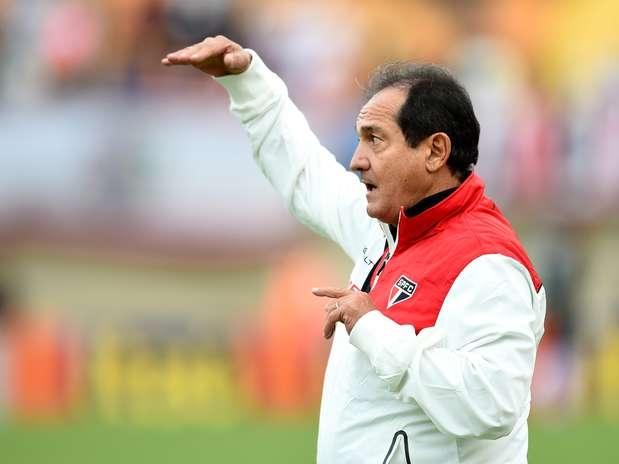 Com possível quarteto, Muricy quer mais chutes no São Paulo