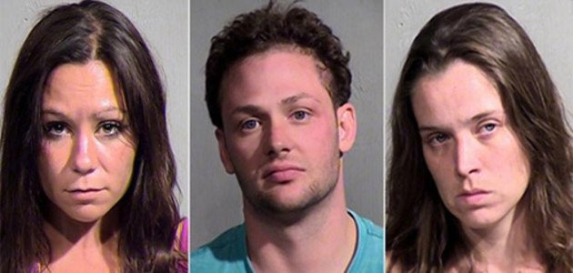 Trio é preso por fazer ménage em banheira de condomínio  nos EUA